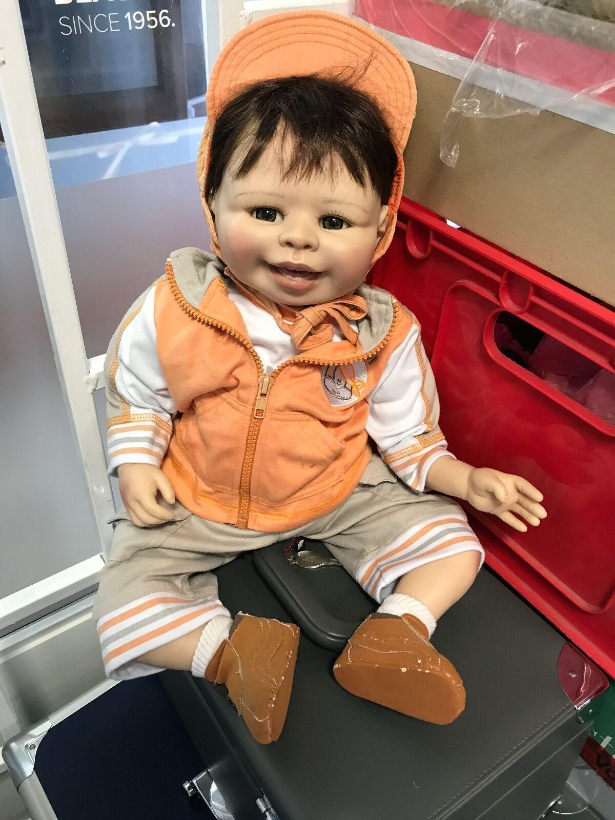 Petra Lechner vinilo muñeca 57 cm. top estado