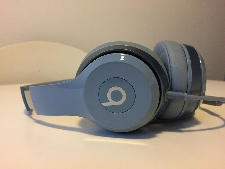 headset hovedtelefoner, Beats by Dre, Solo