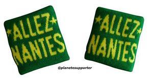 2-BRACCIALETTI-NANTES-FRANCIA-no-Italia-sciarpa-bandiera-cappello-maglietta