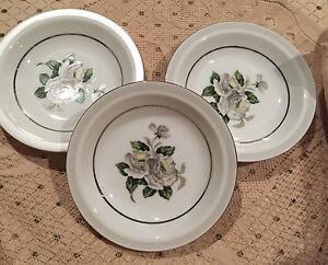 3 white china w r pattern no 3939 japan serving bowl
