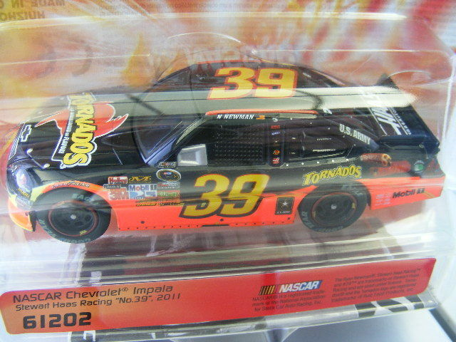 Carrera GO 61202 NASCAR Chevrolet Impala Stewart Haas Racing NEW USA