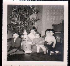 ENFANT & PERE NOEL au SAPIN / Photo Amateur en 1960
