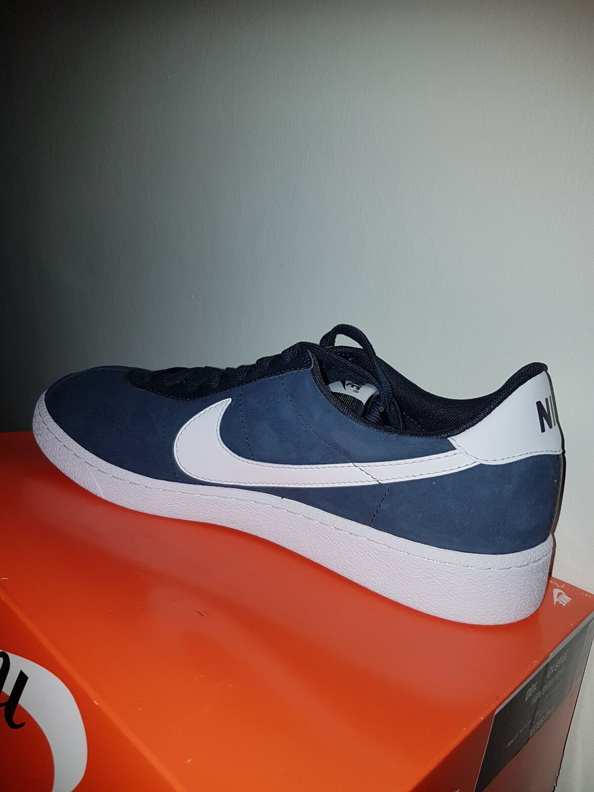 New In Box Nike SB Bruin Hyperfeel Skate Shoes Suede Navy Blue White  Comfortable The latest discount shoes for men and women