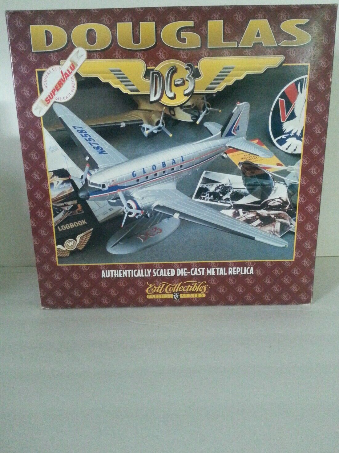 Douglas DC-3 súpervalue Die-cast Ertl Collectibles en la caja