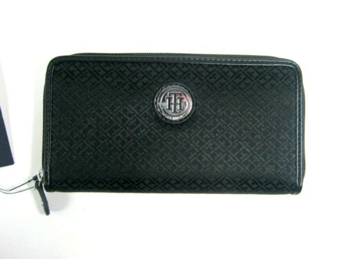 Tommy Hilfiger Women/'s Zip Around Wallet Clutch New NWT Selected Color And Style