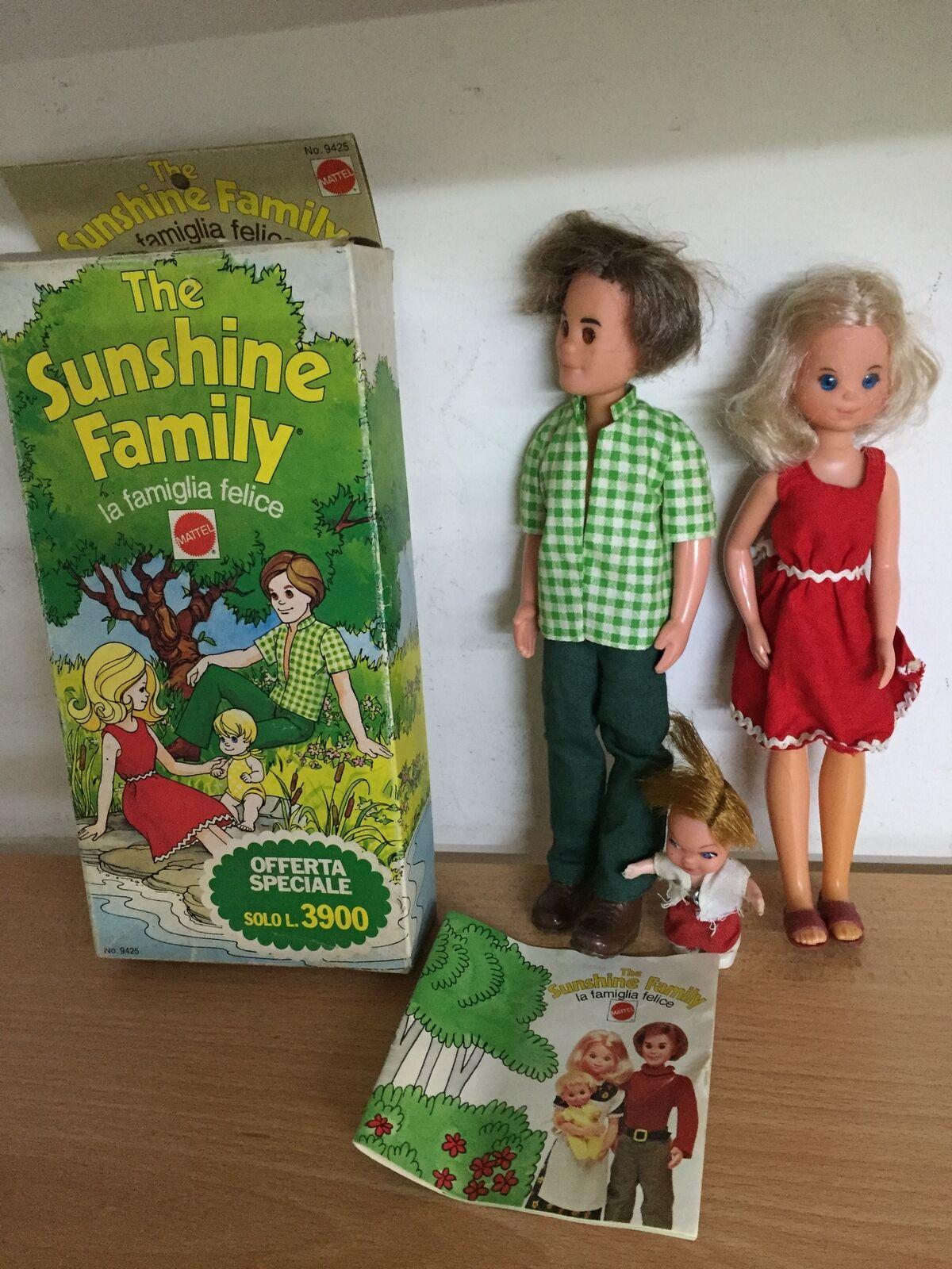 Mattel Set Bambole 23 cm LA FAMIGLIA FELICE The Sunshine Family Dolls MIB, 1975
