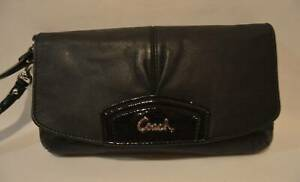 Coach-Ashley-Black-Leather-Wristlet-Clutch-Wallet-Organizer-Purse