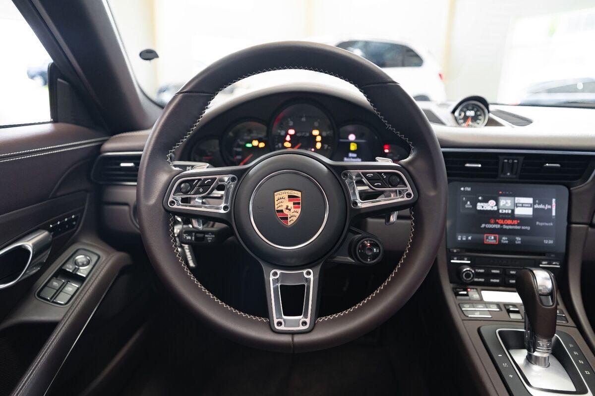Porsche 911 Targa 4 GTS PDK