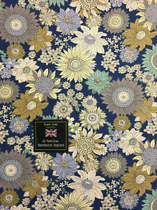 "54/"" Wide. 4 Metres Navy Peacock /& Floral Printed 100/% Cotton Poplin Fabric"