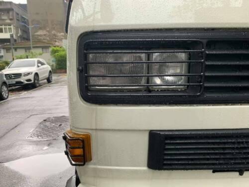 VW T25-T3 Camper Van Cuadrado guardias de faros