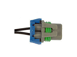 Headlight For 2001-2002 Saturn L100; Headlight Connector Headligh Bulb Holder