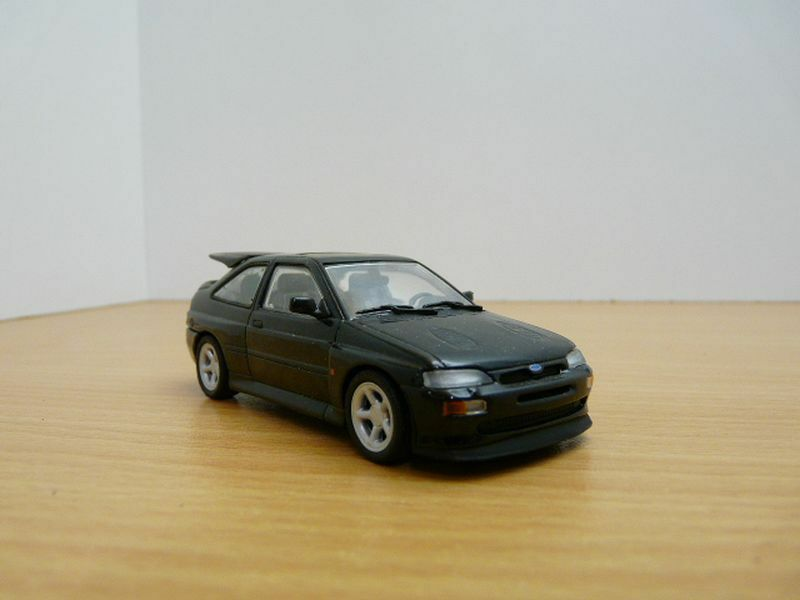 OCCASION FORD ESCORT RS COSWORTH noir 1 43