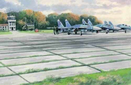 Soviet Pag-14 Airfield Plates 1:72 Plastic Model Kit ICM