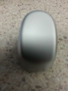 COMMODORE-CHROME-AUTO-GEAR-SHIFT-BUTTON-VY-VZ-WH-GENUINE-HOLDEN
