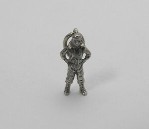 Vintage-Sterling-Silver-WWII-Solid-US-AIRBORNE-PARATROOPER-Charm-Pendant-WW2