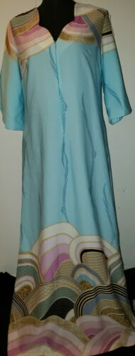 Vintage Tori Richard Women's Dress Size M Aloha Ha