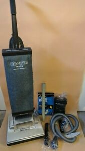 Custom-Hoover-Elite-Upright-Vacuum-Cleaner-4641-930-Rare-w-Upgrades-Silver-Red