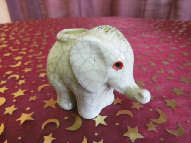 Kerzenständer aus Keramik in Elefantenform um 1930 / Art Deco / Keramikelefant