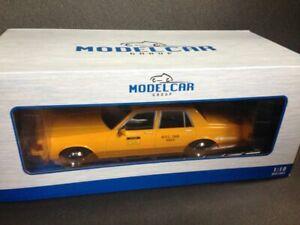 Chevrolet-Caprice-Classic-N-Y-C-taxi-1985-mcg-Model-car-group-mcg18038-OVP-1-18