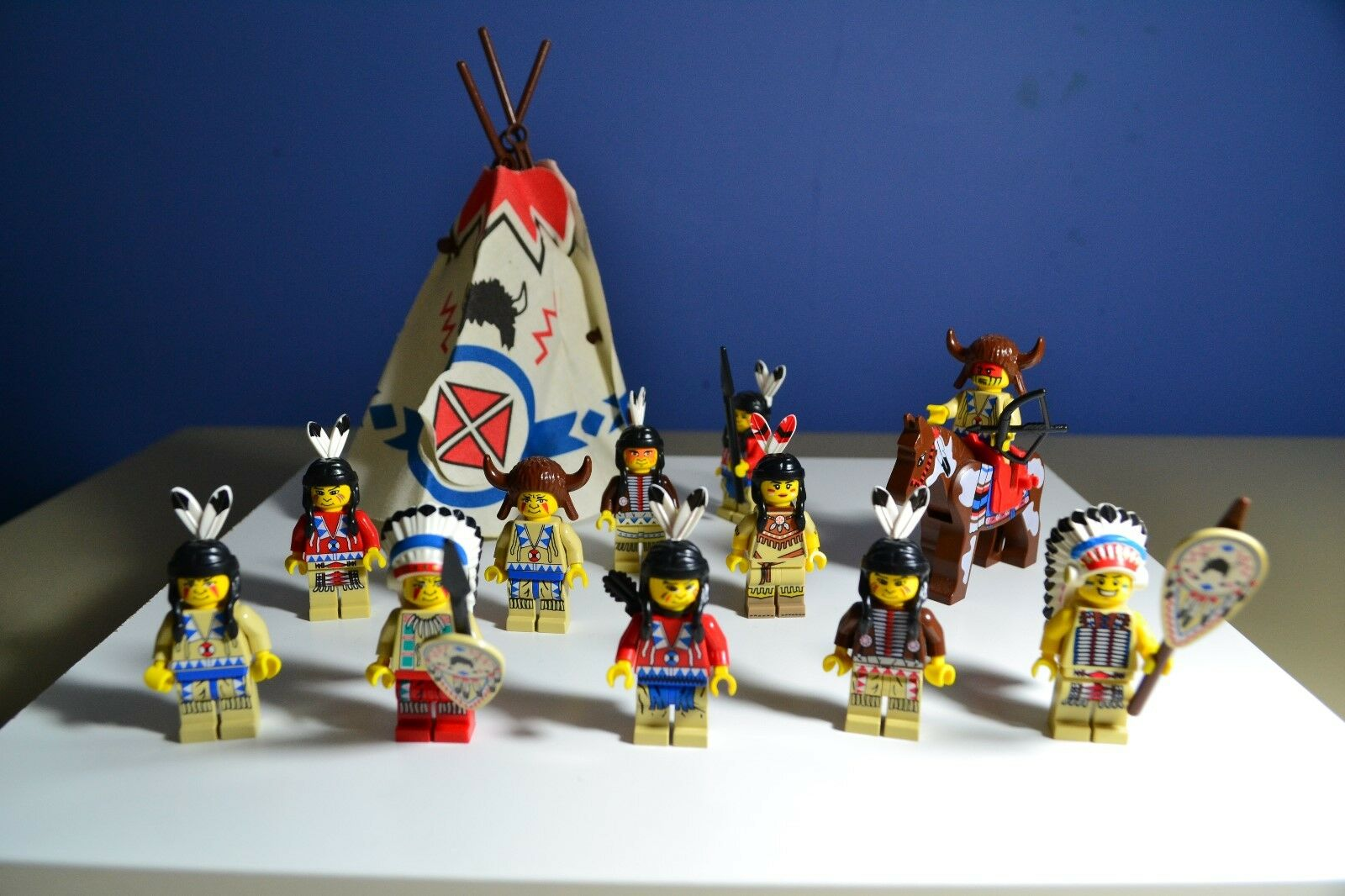 LEGO WESTERN NATIVE AMERICAN INDIAN Minifigures Lot