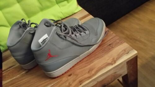 Nike Michael Jordan Größe 42, wenig getragen, guter Zustand, siehe Fotos, VHB