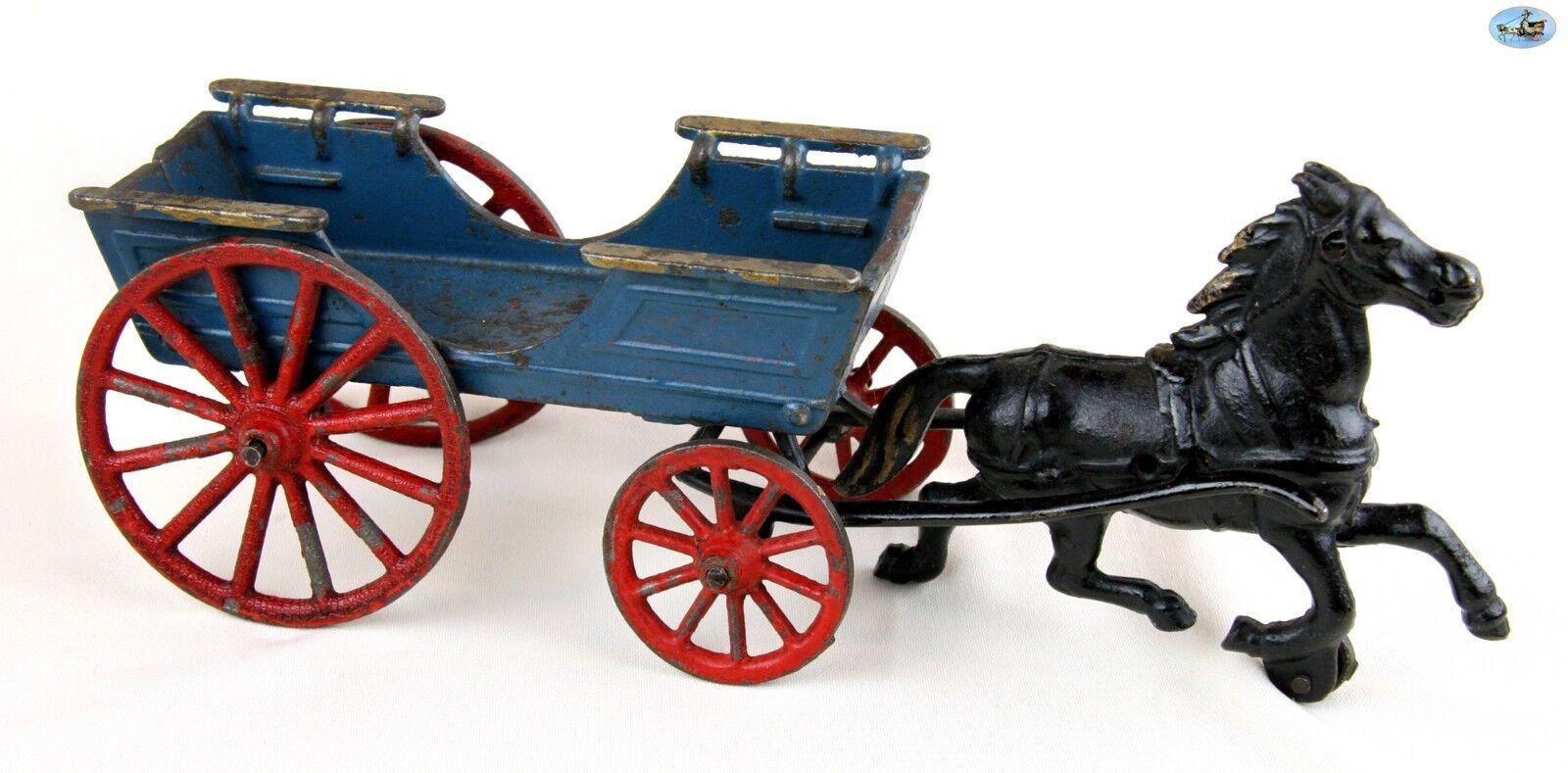 Fine Large Original Antique 1920 -talet Hubley Mfg. Co. Cast Iron Horse Transport