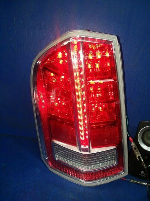 Chrome Accent 11-12 Chrysler 300 Driver Side Tail Light Lamp Assembly