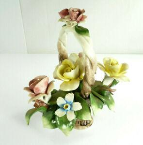 Vintage-Capodimonte-Nuova-Pink-Yellow-Roses-Porcelain-Basket-Sculpture-Italy