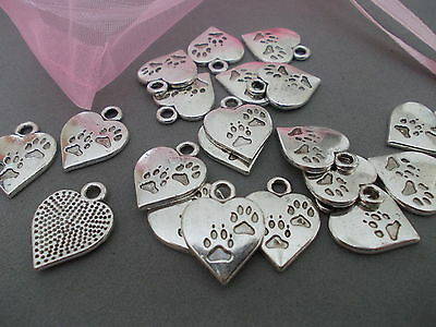 20 X TIBETAN SILVER COLOURED METAL DOG PAW HEART CHARM/PENDANTS-JEWELLERY MAKING
