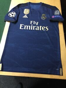 finest selection bcd78 ec1b5 Details about Adidas Real Madrid Away Kit 19/20 Navy Gold Stadium Cut Size  Small Only