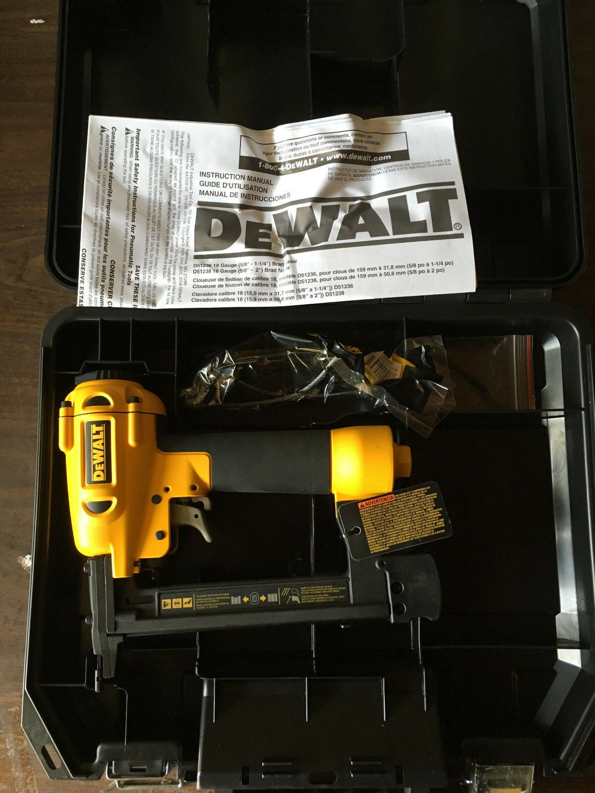 Dewalt D51420 1  18 GA. Narrow Crown Stapler Accepts Only 1 4  Crown Staples