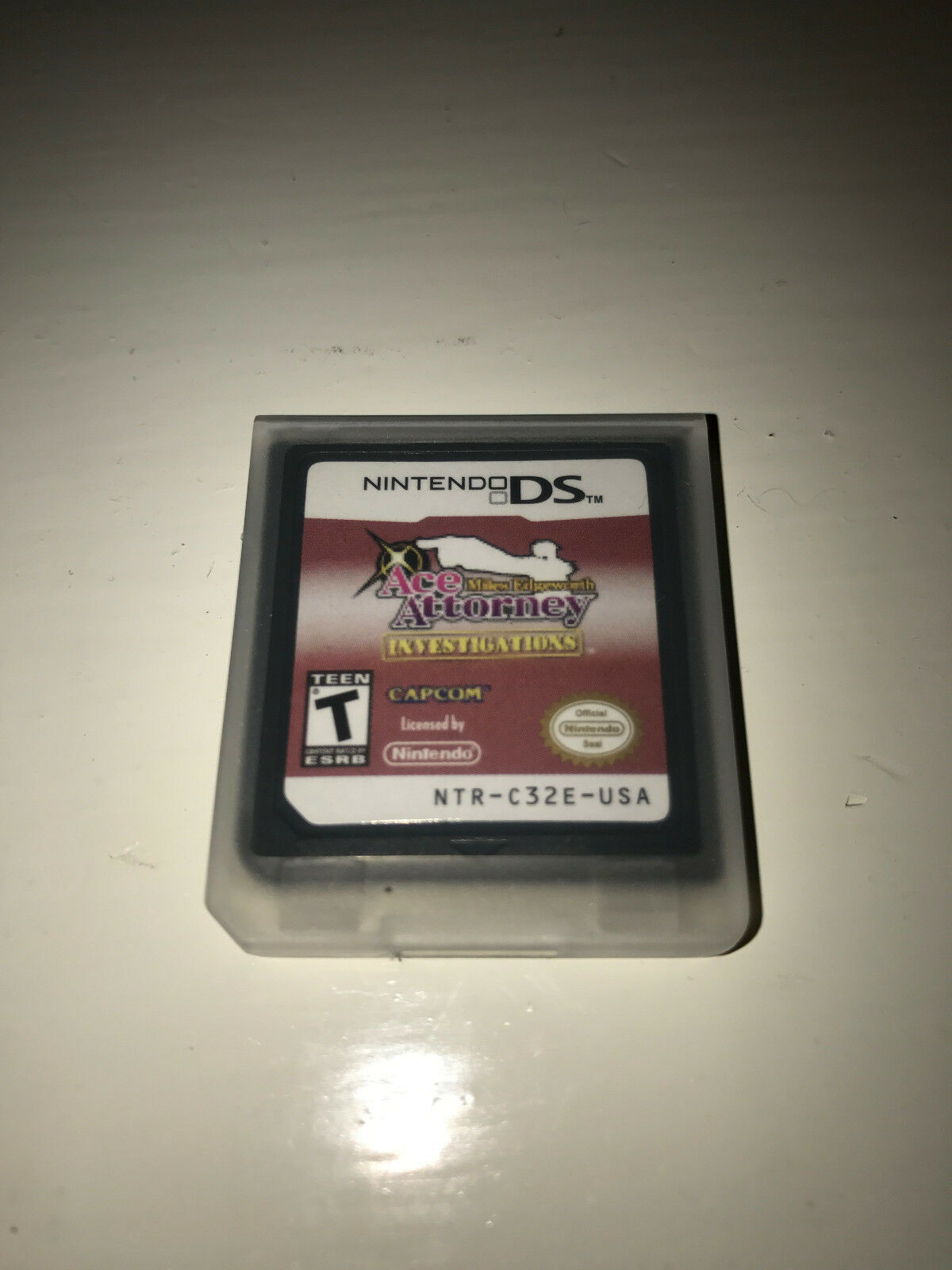 Ace Attorney Investigations: Miles Edgeworth Video Game Case Nintendo DS Lite 1