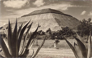 Teotihuacan Pyramid of the Sun Mexico original real photo postcard (RPPC) Aztecs