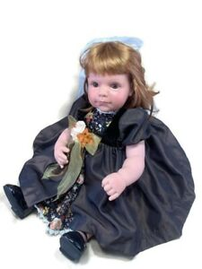 Lee-Middleton-Reva-Schick-Limited-Signed-Girl-Doll-Fall-Color-Dress-Collectible