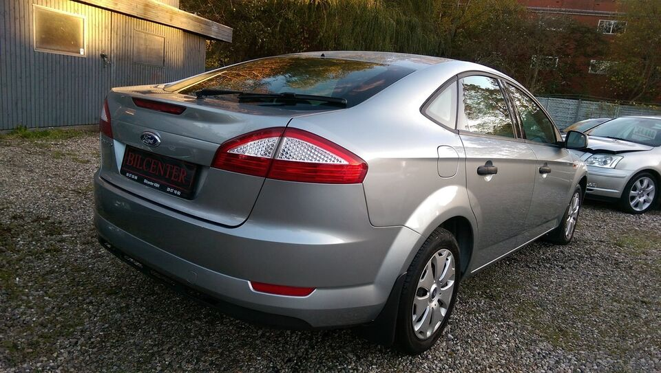 Ford Mondeo 1,6 Ti-VCT 110 Trend Benzin modelår 2007 km