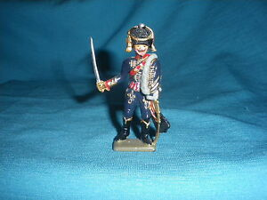 547A-Starlux-Atlas-Officer-Hussar-Figurine-Lead-Empire-Soldier-1-32-Napoleon