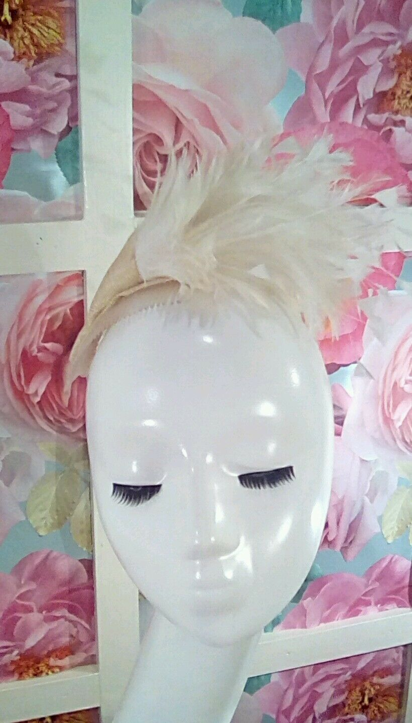 Wedding occasion feather fascinator hair clip ivory white