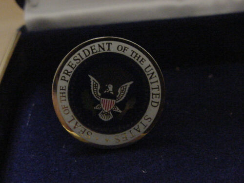 color seal Pair of Presidential Barack Obama cufflinks