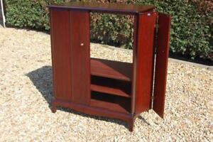 Quality Stag Minstrel Large Tv Media Storage Cabinet Bifold Doors