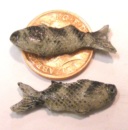 1:12 Scale Single Polymer Clay Fish For Tumdee Dolls House Kitchen Shop M