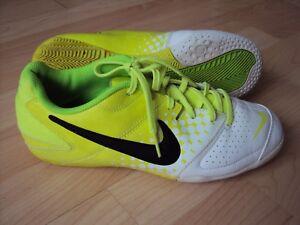 d1d5038011a58 NIKE ELASICO III FOOTBALL FUTSAL BOOTS US7.5 UK6.5 EUR40.5 CM25.5