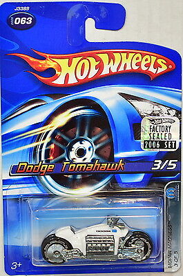 2006 Hot Wheels #63 Mopar Madness 3//5 DODGE TOMAHAWK White Variation w//Black Whl