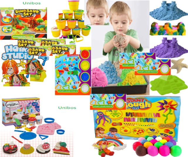 Play Doh Complete Modelling Set Dough Cutters Rolling Pin Extruder Guns /& Board