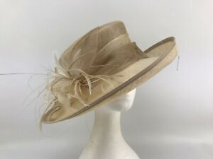 Ladies Jacques Vert Light Beige with Cream Feathers Hat (10256)