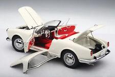 1/18 AUTOart ALFA ROMEO GIULIETTA 1300 SPIDER BIANCO/WHITE +aufsetzbares Hardtop