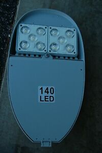 CREE XSPLG Series Outdoor Street Parking Lot 10 LED Lighting 135W 18000L Silver