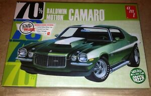 AMT-Baldwin-Motion-1970-Chevy-Camaro-1-25-plastic-model-car-kit-green-855