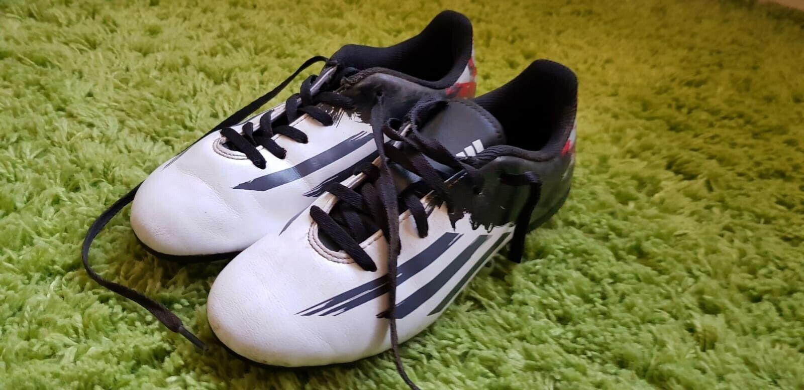 Adidas football boots studs size 4