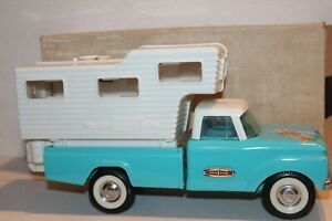 VERY NICE 1965 NYLINT FORD PICK UP TRUCK CAMPER DEALER EXCLUSIVE