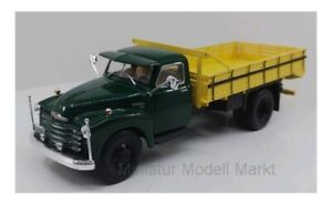 276t-Whitebox-CHEVROLET-6400-Verde-Scuro-Giallo-Scuro-1949-1-43